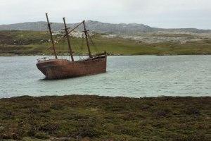 Navio naufragado nas Ilhas Malvinas.
